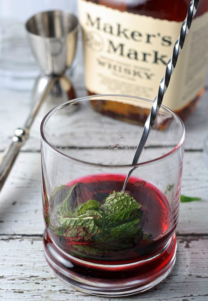 Hibiscus Honey Mint Julep